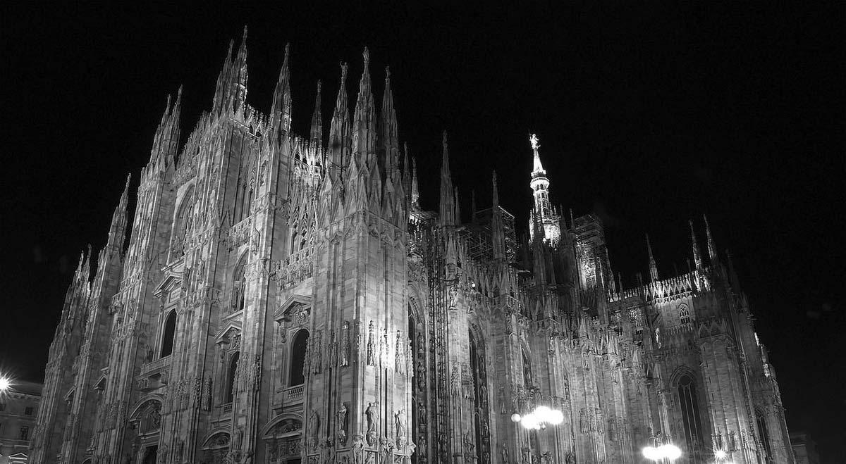 Duomo di Milano sera